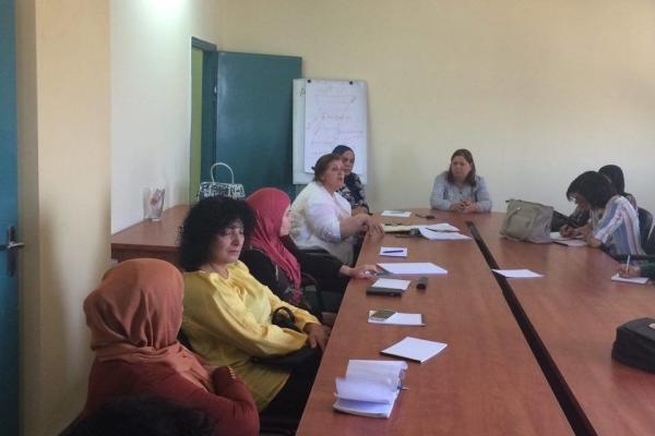 اجتماع الحملة النسائية لمقاطعة البضائع الاسرائيلية في رام ...
