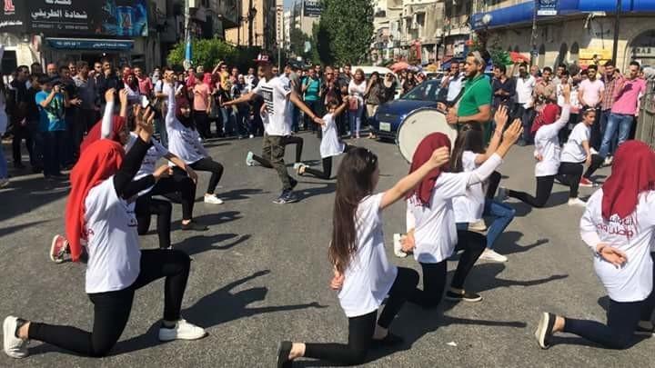 اتحاد لجان المرأة للعمل الاجتماعي بالشراكة مع هيئة الامم المتحدة يخاطب المجتمع المحلي بعمل فني داعم لمشاركة المرأة في العملية الانتخابية